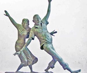 Sculpture, Impressionism - We do not grow old